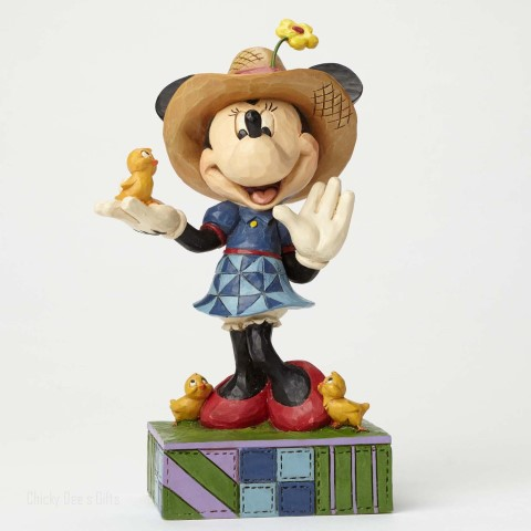 Farmer Minnie Figurine - Country Life