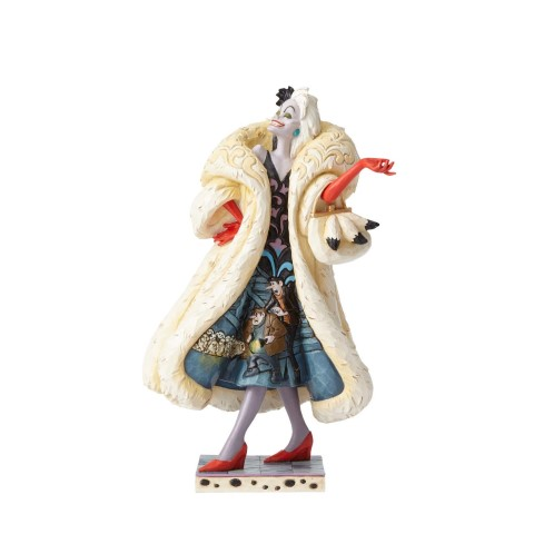 PREORDER  Cruella with Scene Figurine - DevIlish Dognapper