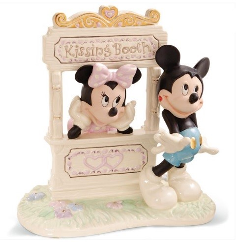 PREORDER  Kisses For Mickey Figurine